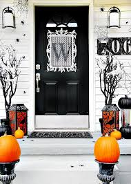 Door Decorations For Halloween Four Ideas For Inexpensive Halloween Door Decorations