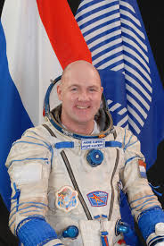 space in images 2009 04 esa astronaut andré kuipers