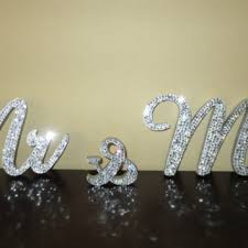 mr and mrs sign for wedding 8 inch exquisite mr mrs sign from dolls divas and