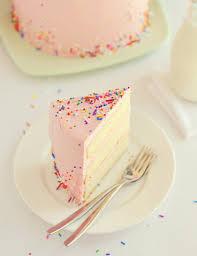 sweetapolita pink vanilla birthday cake om nom nom