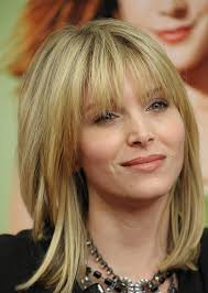 haircuts with bangs for middle age women 10 trendy medium layered hairstyles that you can flaunt hair