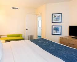 Comfort Inn Virginia Beach Oceanfront Comfort Suites Beachfront Hotel In Virginia Beach Va