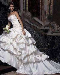 robe habillã e pour mariage les 25 meilleures idées de la catégorie amalia carrara robe de