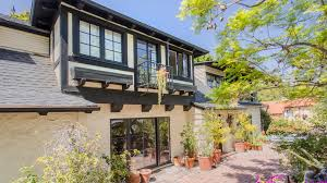 Los Angeles Houses For Sale Brady Bunch U0027 Actress Eve Plumb Sells The Malibu Home She Bought At