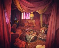 Red Room by Best 20 Harem Room Ideas On Pinterest Moroccan Wedding Blanket