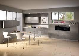 fabricant de cuisine haut de gamme cuisine modèle sciée en stratifié décor bois cuisine