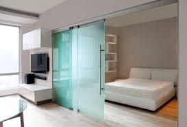 porte de bureau vitr cozy cloison coulissante suspendue en aluminium vitr e de bureau gm toproll 10 14 jpg