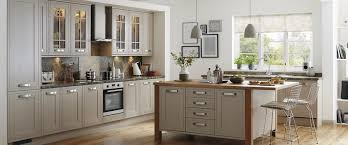 tewkesbury framed stone kitchen range kitchen families howdens