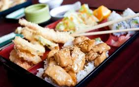 la cuisine japonaise cuisine japonaise sushis makis yakitoris ramens tempuras