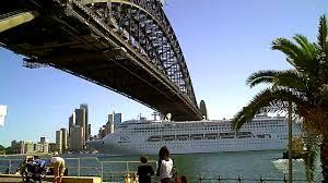 sydney harbor cruises p o cruise ship leaving sydney harbour