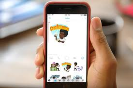 android user snapchat s android beta users can turn friends bitmoji into home