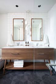 1144 best interiores para banos images on pinterest shabby chic i have been designing bathroom after bathroom this month and i have been drawing so much inspiration from these thirteen bathrooms they are all beautiful