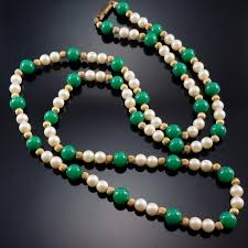 glass pearl necklace images Vintage jade glass pearl necklace costume gold bead estate jewelry jpg