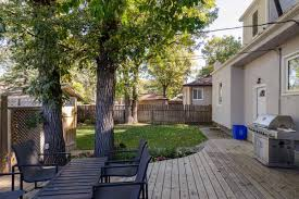 1400 Sq Ft by Fantastic Fort Garry Family Home Features 1400 Sq Ft W 4 Bedrms