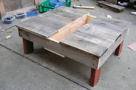 diy reclaimed wood table 14 inspiring diy projects featuring reclaimed wood furniture