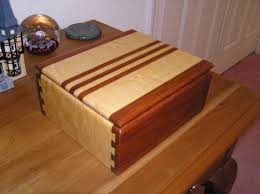 Woodwork Wooden Box Plans Small - small box with half blind dovetail joints woodworking project