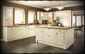 backsplash for cream cabinets full size of kitchen beautiful off white shaker cabinets backsplash