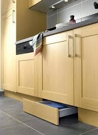 plinthe inox cuisine plinthe cuisine nouveau photos pose des plinthes de la cuisine