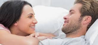 ingin jadi pria idaman wanita di atas ranjang patuhi 5 aturan wajib