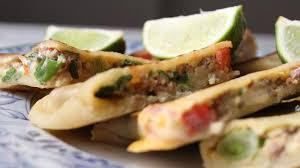 d8 cuisine yemeni food martabak mutabak مطبق