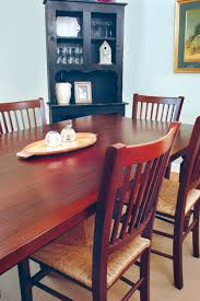 6 things you should stop doing to your dining room table the
