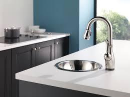 leland delta kitchen faucet leland kitchen collection delta faucet