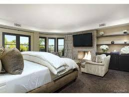 kardashian bedroom khloe kardashian bedroom photos and video wylielauderhouse com