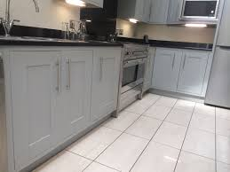 how to paint kitchen cabinets bunnings kitchen cupboard paint bunnings traininggreencom antidiler