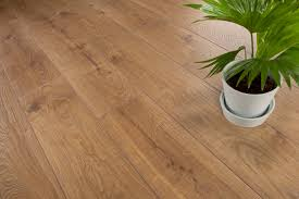 Laminate Flooring 12mm Thick 12mm Laminate Flooring Everest Bronze Oak