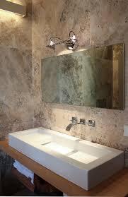 piastrelle in pietra per bagno bagno in pietra di rapolano sulla collina di fiesole