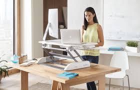 bureau pour travailler debout l actualité de l ergonomie et de la vie au bureau ergonomia
