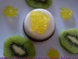 cuisine moleculaire recette cuisine moléculaire entremet coco cerise et caviar recette