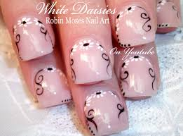 diy daisies on short nails cute white daisy nail art tutorial