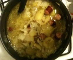 comment cuisiner le chou blanc soupe paysanne au chou recette de soupe paysanne au chou marmiton