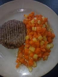 cuisiner des carottes la poele poêlée de dés de pommes de terre et carottes au cookéo mes