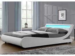 chambre a coucher blanc laqu lit avec led une murale blanc fly coucher garcon chevet cuir fille