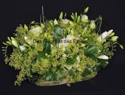 composition florale mariage composition mariage champetre pour eglise des fleurs et des etoiles
