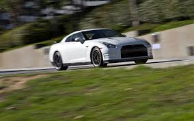 nissan black 2013 nissan gt r black edition long term update 4 motor trend