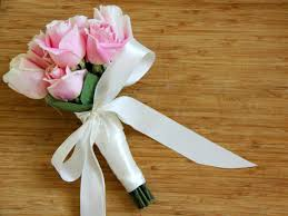 how to make bridal bouquets use silk ribbon to create a wedding bouquet how tos diy