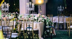 cost of wedding flowers average wedding florists cost in u s cities 2017 purewow