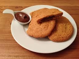 hervé cuisine cookies cookies fourrés au nutella les papilles de