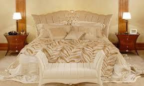 chambre familiale disneyland hotel chambre classique chic benjamin mascarpone with classique