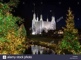 christmas lights at washington dc temple or church of jesus christ