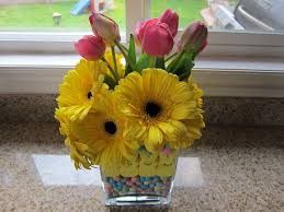 cute easter centerpiece saucy mommy