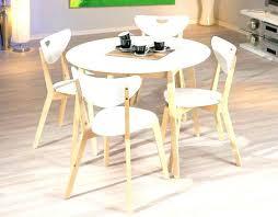 table cuisine ronde table ronde cuisine table ronde en bois extensible cuisine
