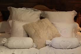 linge de lit style chalet montagne photos déco idées décoration de chambre style chalet diaporama