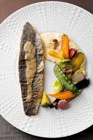 cuisiner la truite comment cuisiner une truite lovely filets de truite légumes