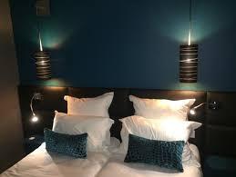 liseuse chambre création tête de lit sur mesure avec liseuse intégré