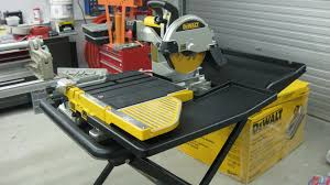 wet saw cutting tile rubi dx350n laser u0026 level wet saw 230v