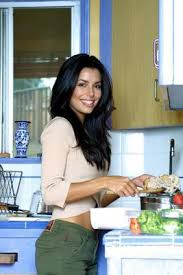femme qui cuisine de kiwie21 page 7 un peu trop éva longoria